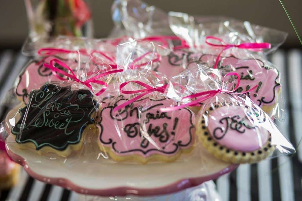 custom-edible-favors.jpg