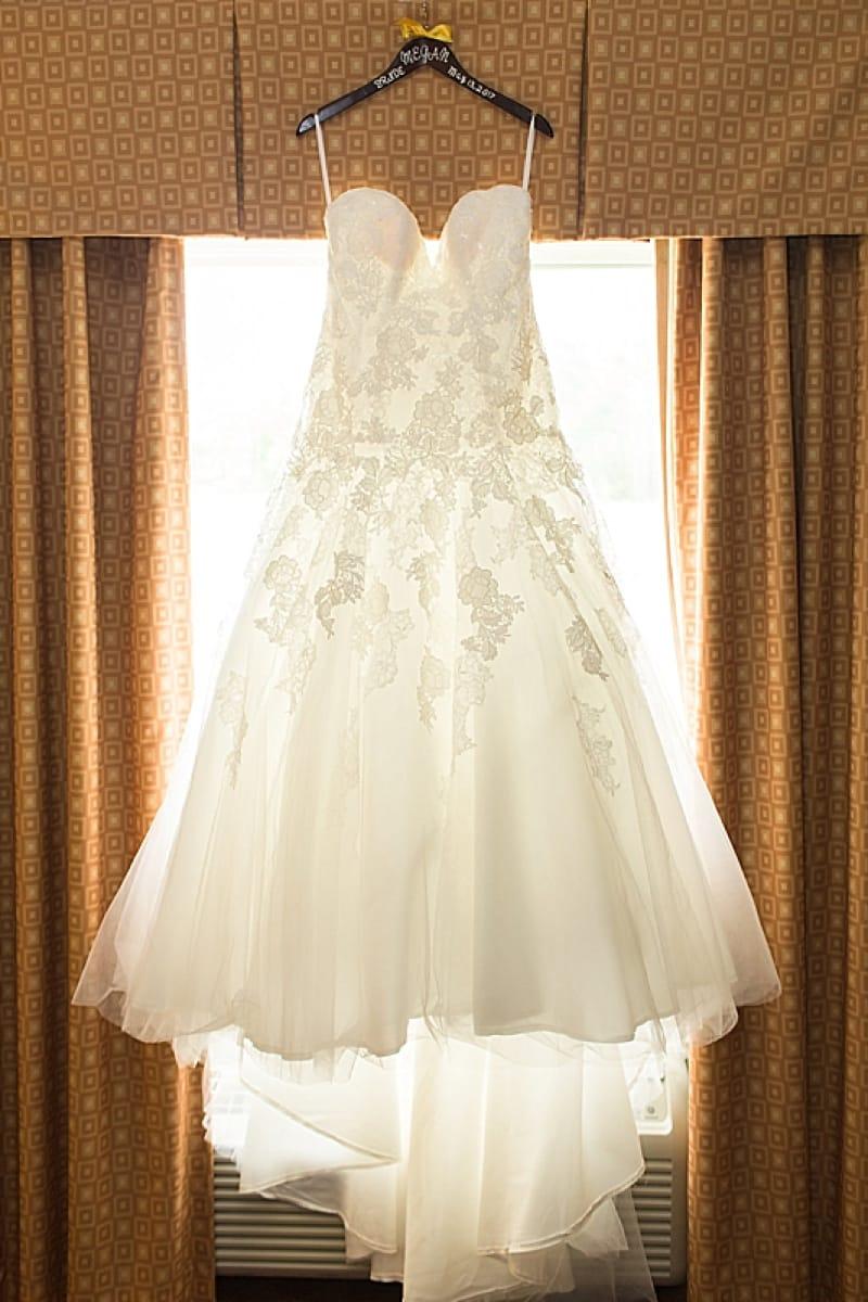 Summer nautical wedding the budget savvy bride white and yellow bouquet wedding dress junglespirit Gallery