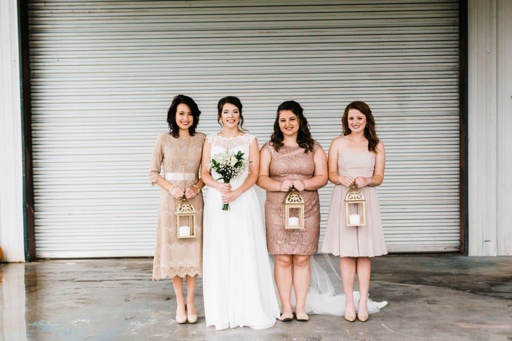 bridesmaids, bridesmaid style, mismatched dresses