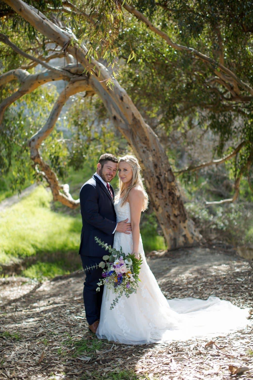 boho classic cailfornia wedding, bride and groom, couple shots, wedding photos