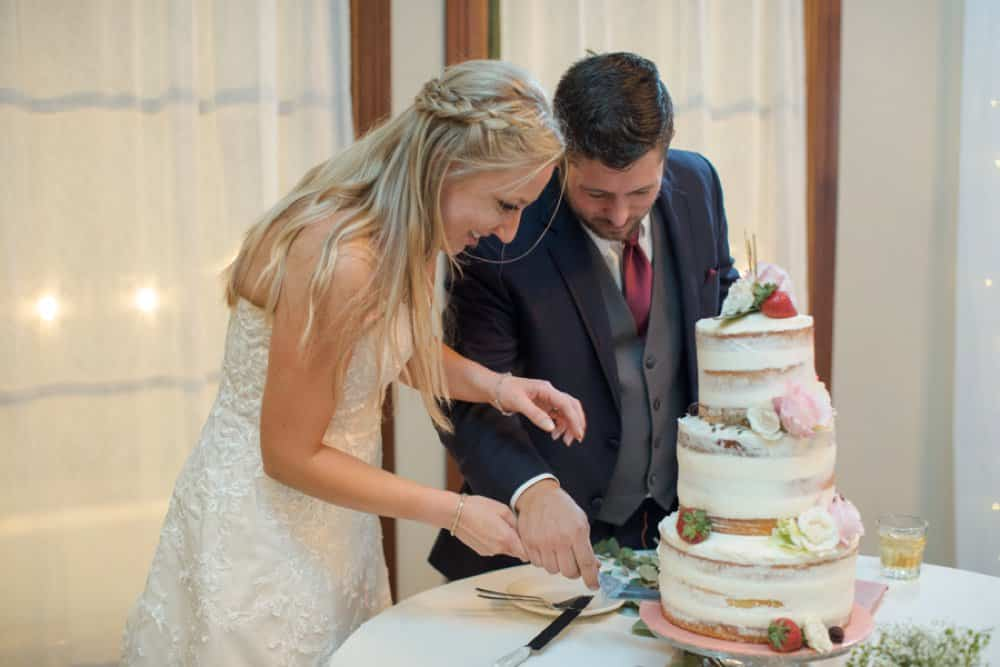 boho classic California wedding, wedding cake, bride and groom