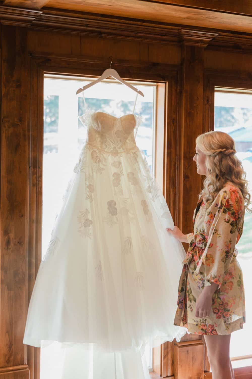 bride getting ready, wedding dress