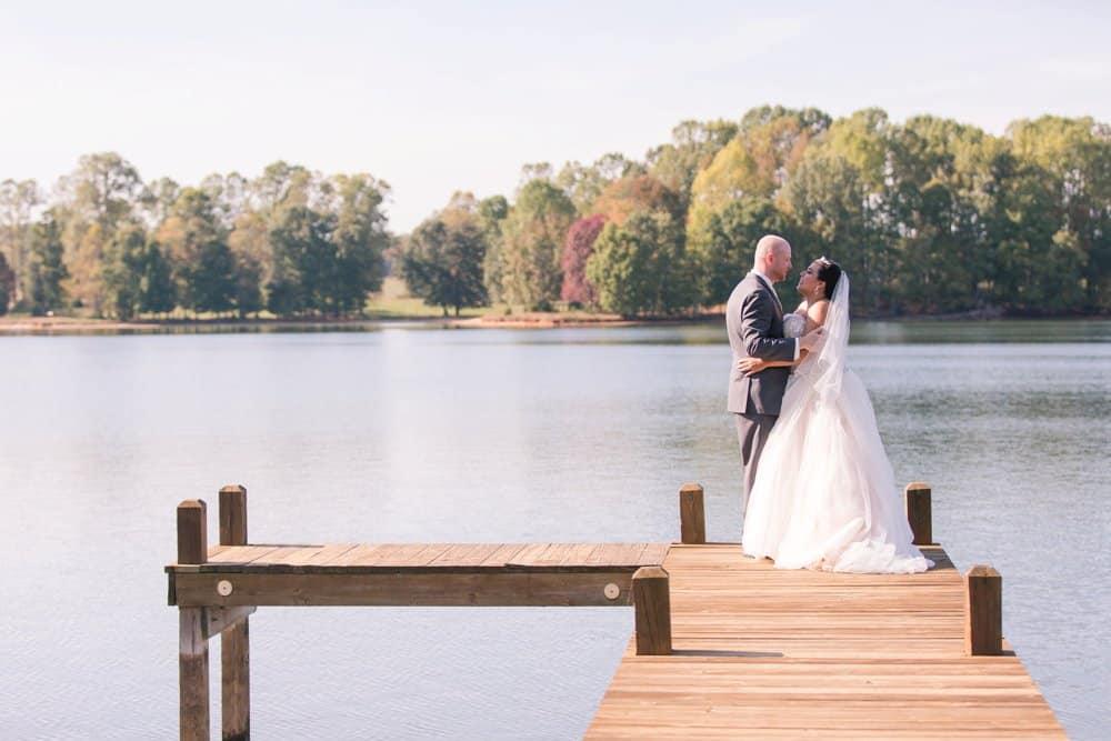 bride and groom, lake anna wedding