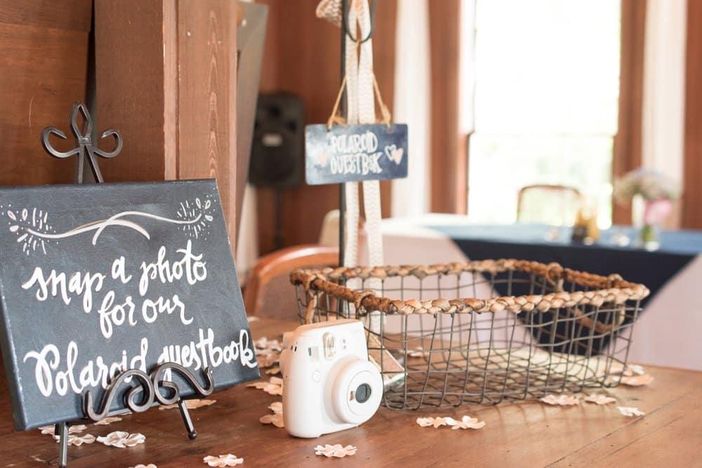 DIY wedding decor, charming cottage wedding