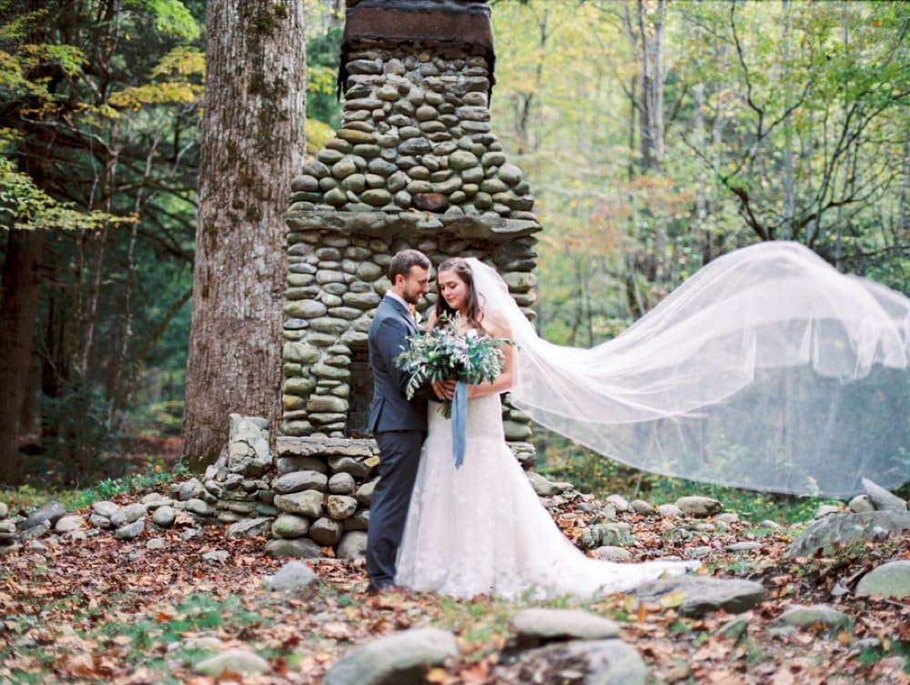 bride and groom,Spence Cabin Wedding