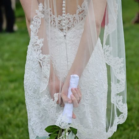 lace edged fingertip veil