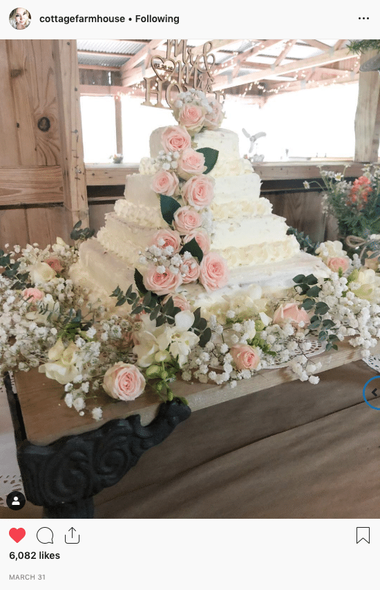 costco wedding cake instagram @cottagefarmhouse