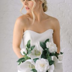 shelbie bridal bouquet something borrowed blooms