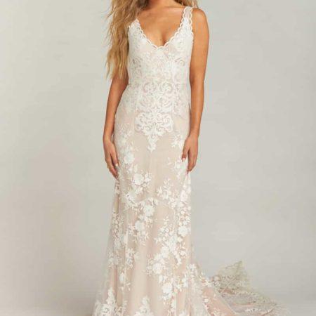 Contessa V-Neck Lace Wedding Dress