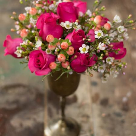 Blooms on a Budget No. 2 from Somewhere Splendid via The Budget Savvy Bride.