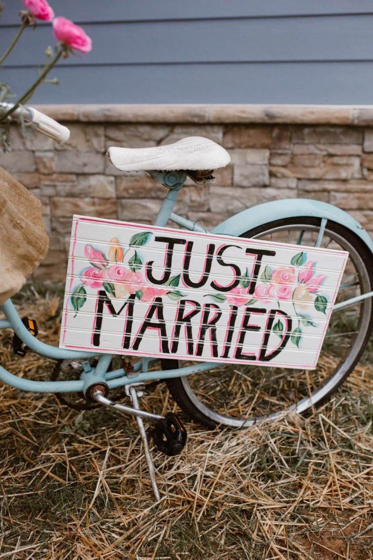 Vintage Colorful Wedding