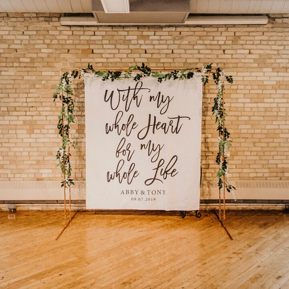 ceremony backdrop and altar ideas